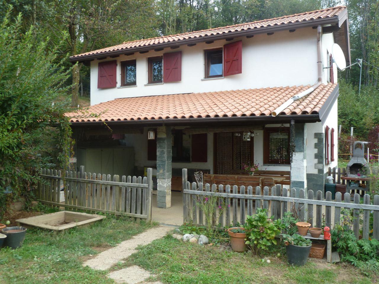 Immobiliare lago d 39 orta ita armeno casa di campagna - Ristrutturare casale di campagna ...
